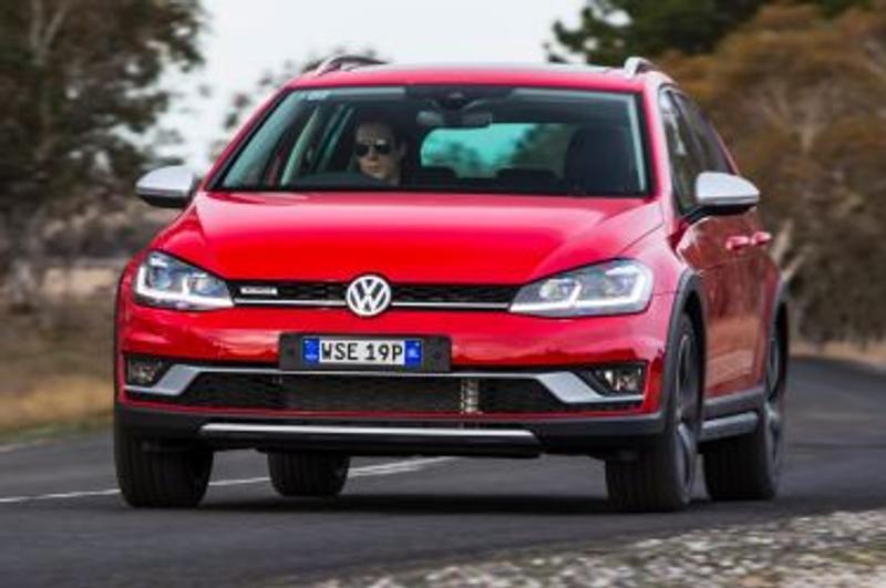 2017 Volkswagen Golf Alltrack new car review - New