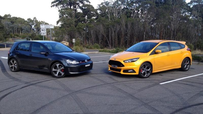Focus St Vs Gti >> Volkswagen Golf Gti V Ford Focus St Head To Head