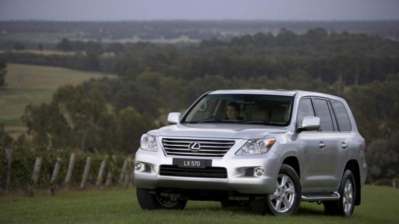 Lexus LX570 used car review