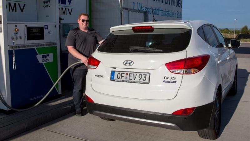 Are hydrogen fuel cells the answer?