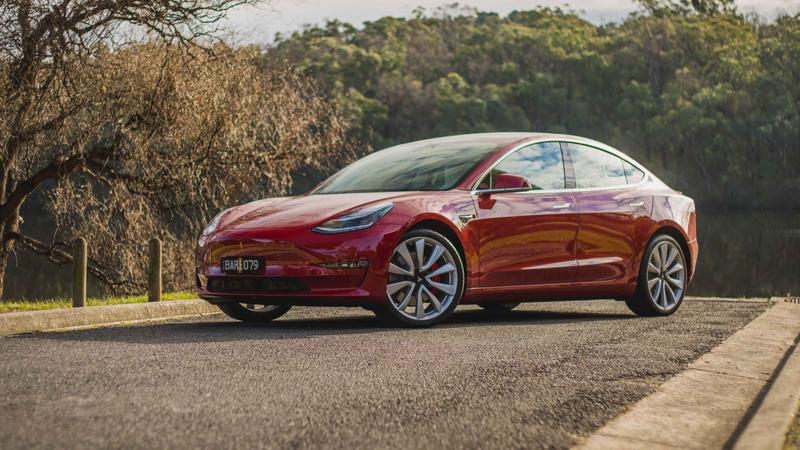 2019 Tesla Model 3 Performance review | Range, Tech and Power