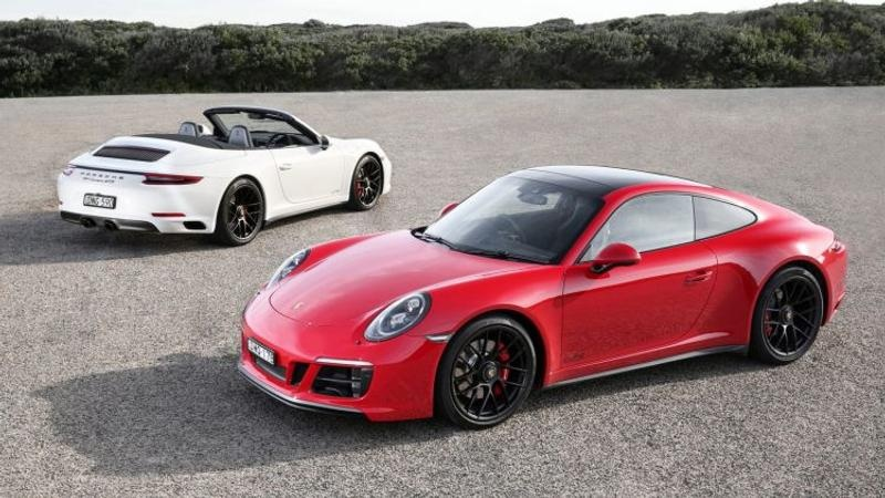 0 Porsche 911 Carrera