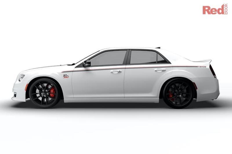 2019 Chrysler 300 car valuation
