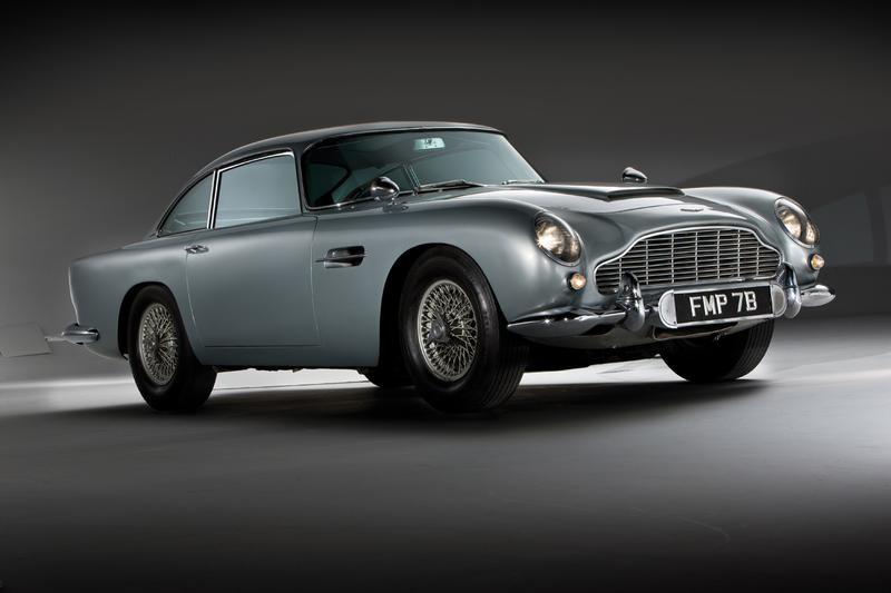 0 Aston Martin DB11