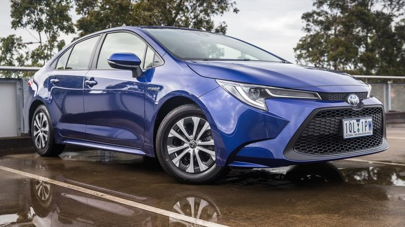 2020 Toyota Corolla Sx Hybrid Sedan Review Tech And Efficiency