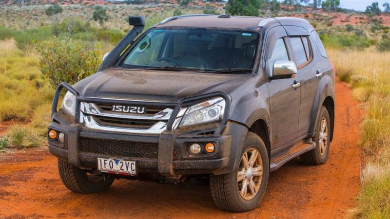 Isuzu MU-X LS-T 4x4 new car review - Road test: Isuzu MU-X LS-T 4x4