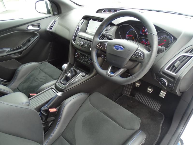 2017 ford escape manual start