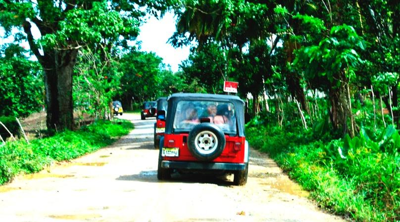 Family Jeep & Snorkeling Tour in Cozumel