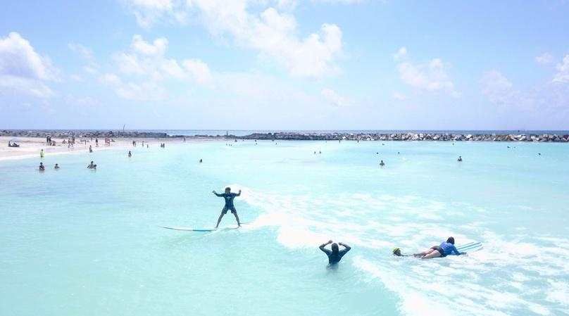 Small Group Surf Lesson in Cancun