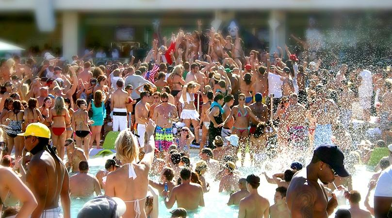 Pool Party Tour in Las Vegas