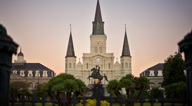 French Quarter, Garden District & Downriver Tour