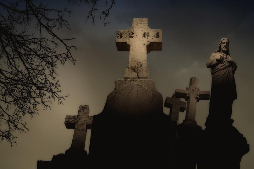 Two Hour New Orleans Haunted Cemetery Tour