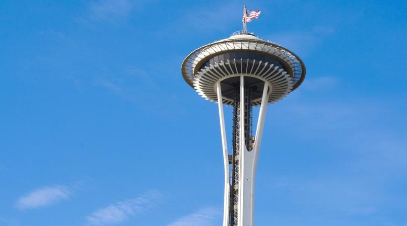 Space Needle to Pike Place Market 10K Running Tour in Seattle