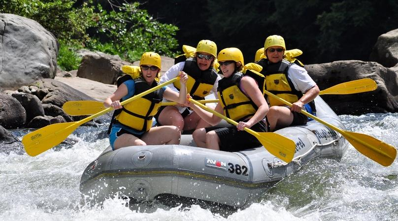Lower Lehigh River Whitewater Rafting Adventure