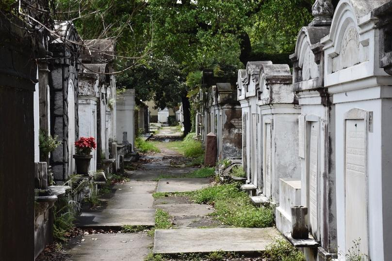 French Quarter, Garden District & Lafayette Cemetery Tour