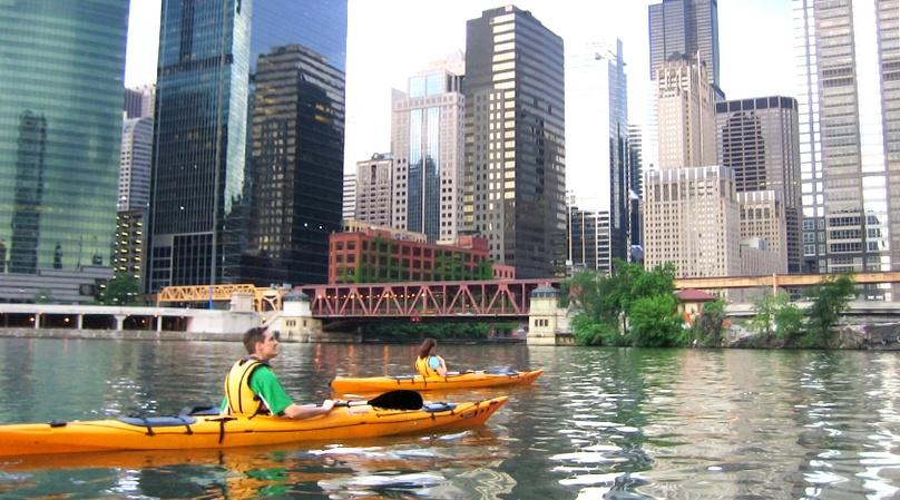 Chicago Architectural History Kayaking Tour