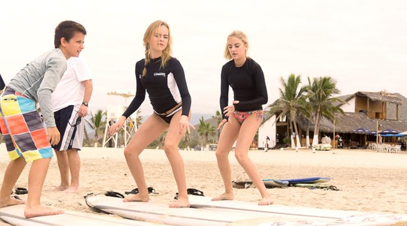 One-Hour Surf Lesson in Cabo