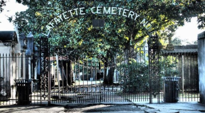 The Secrets of New Orleans' Garden District Tour