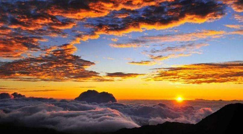 Spectacular Haleakala Sunrise Tour in Maui