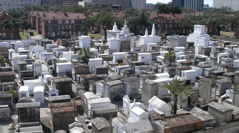 Historic Cemetery St. Louis No. 1 Tour