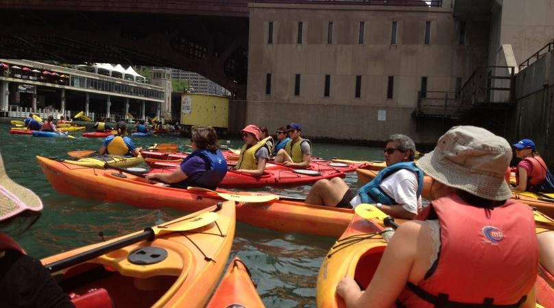 Guided Kayak Tour with Jazz and Brunch in Philadelphia