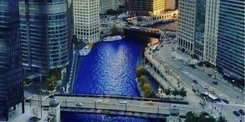 The Chicago River Boat Architecture Tour