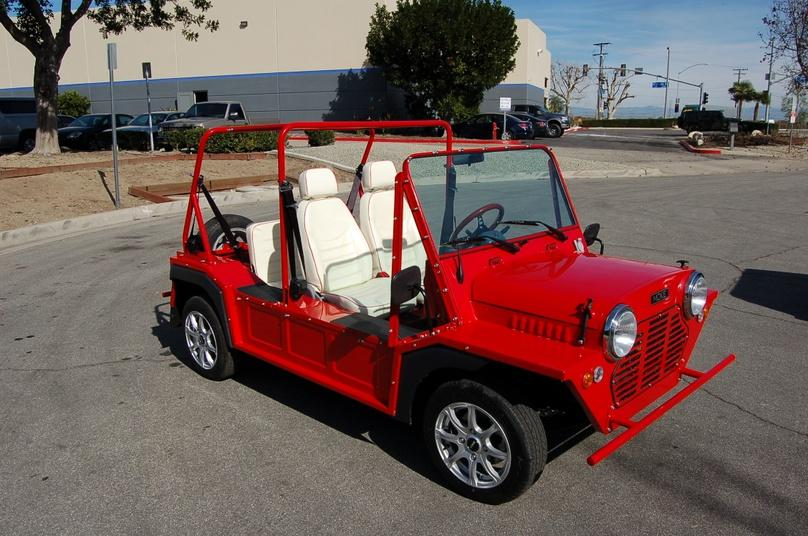 Half Day Electric Jeep Rental in Hollywood