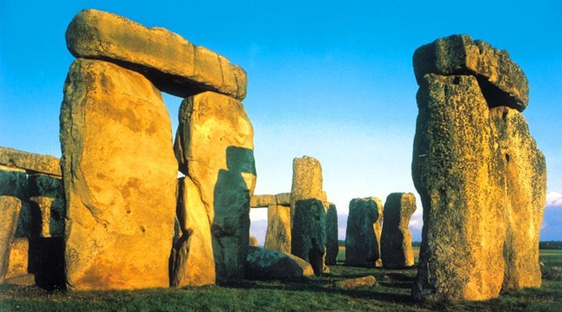 Stonehenge & Roman Baths Tour