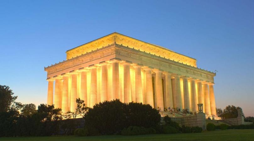 Washington Monuments by Night Tour