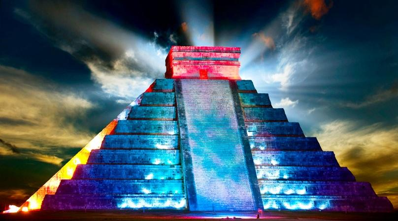 Chichen Itza Night Tour & Light Show
