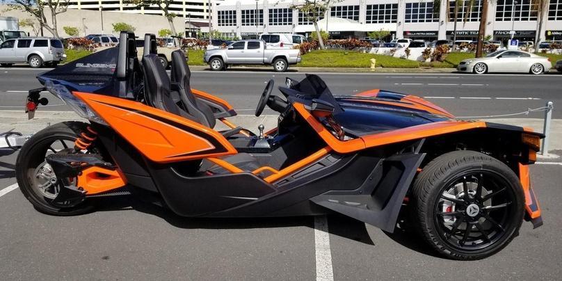 Slingshot/Tri-Wheel Vehicle Rental in Honolulu