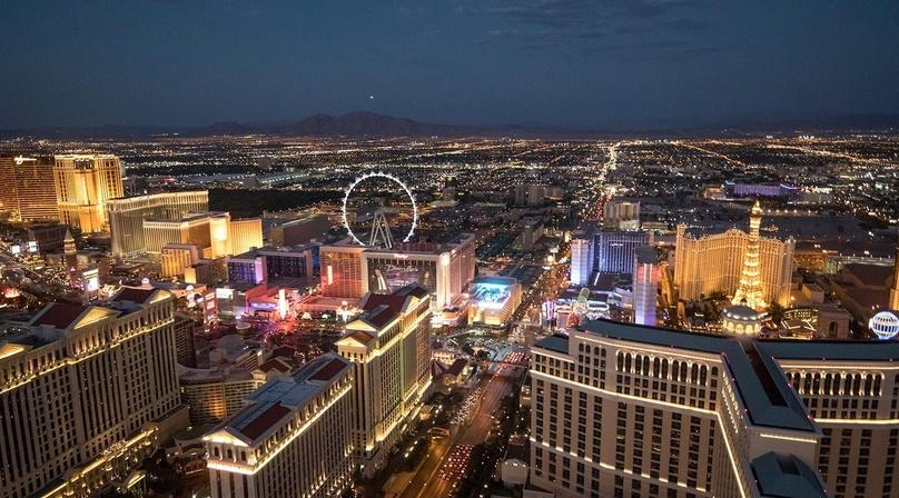 Las Vegas City Lights Helicopter Tour & Picnic