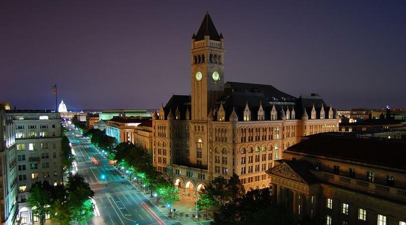 Night Lights Bus Tour of Washington DC