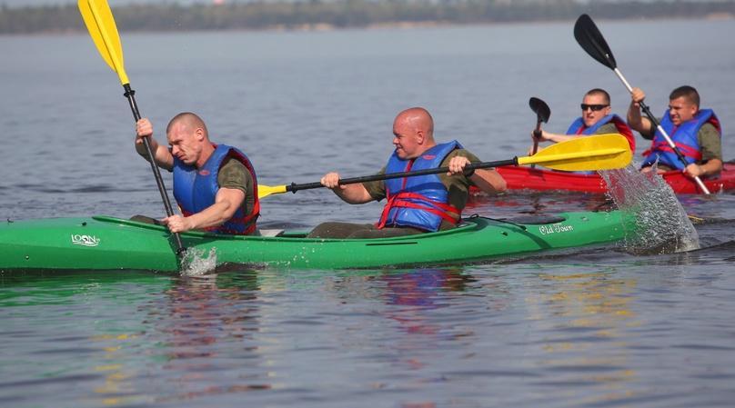 Tandem Kayaking Tour with Brunch in Philadelphia