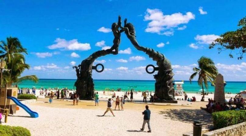 Playa del Carmen Walking Tour in English