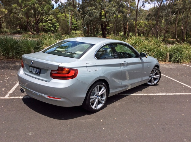 0 BMW 220I