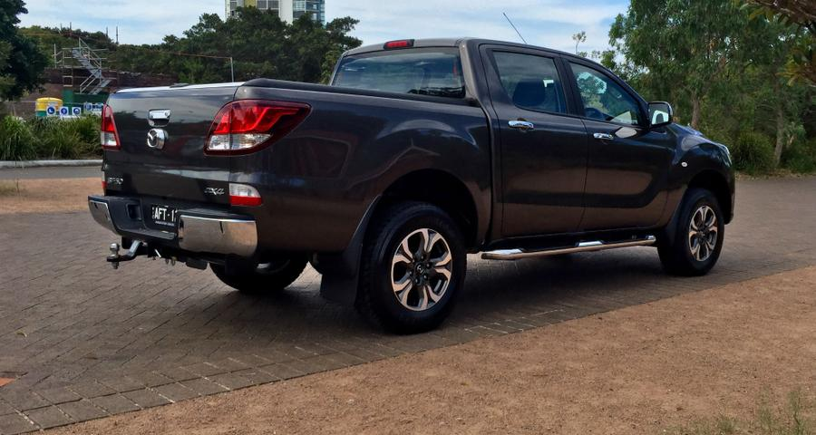 Mazda BT-50 REVIEW | 2016 Dual Cab XTR - Tough, Capable, And