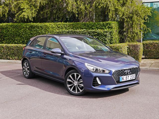 2017 Hyundai i30 Elite Diesel Review | Packed With Safety And
