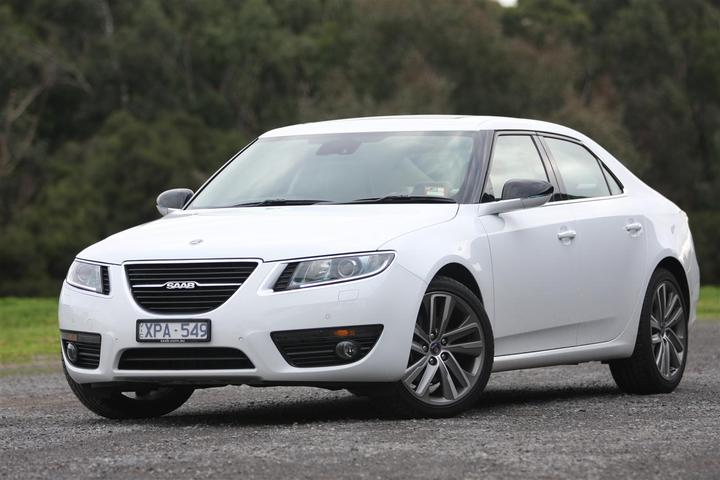 2011 Saab 9-5 Vector Review