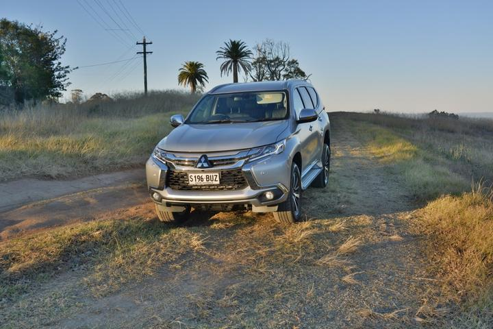 Mitsubishi Pajero Sport Exceed 2018 new car review
