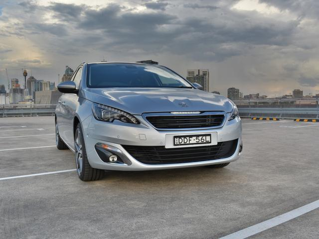 2017 Peugeot 308 Allure Touring HDi REVIEW - Well Equipped Small