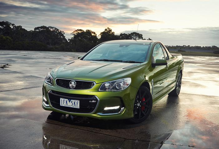 2016 VF II Commodore SS and SSV Redline Review - Harder, Better