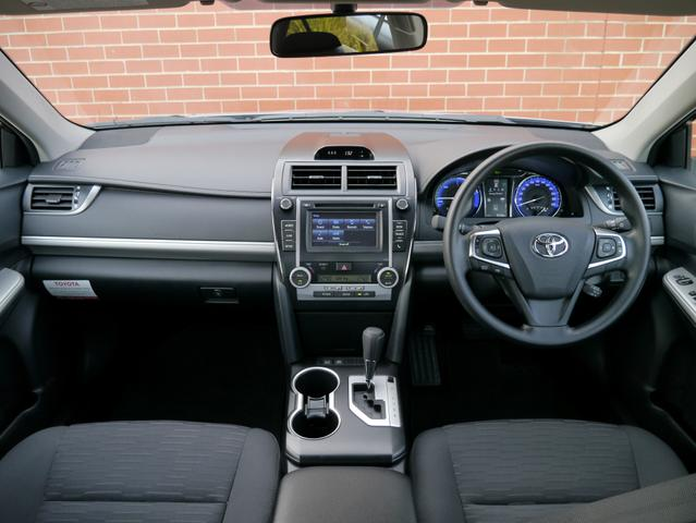 2015 Toyota Camry Altise Hybrid Review: A Smart Alternative
