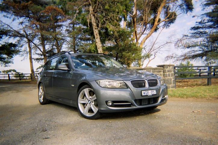 2009 BMW 3 Series 335i Touring Wagon Road Test And Review