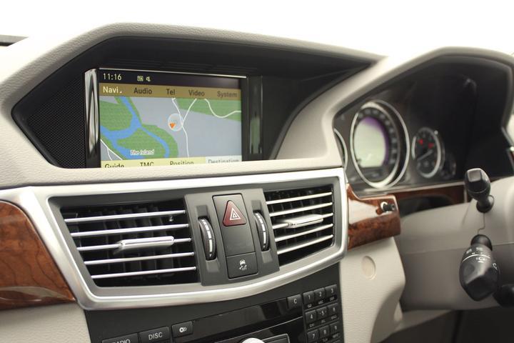 2010 Mercedes-Benz E350 Elegance Sedan Road Test Review