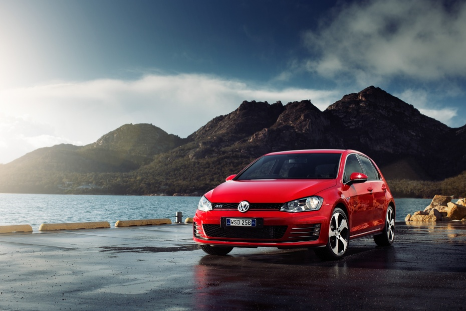 Used Vw Golf >> Volkswagen Golf Gti Mk7 Used Car Review Why You Should Buy A Used