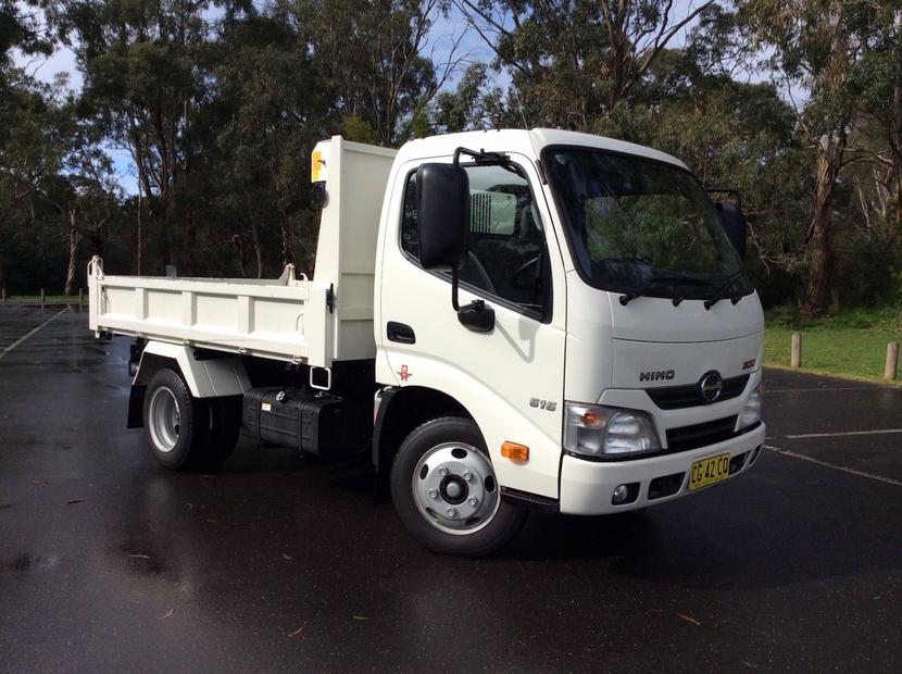 Hino 300 Series REVIEW, Price, Features | 2016 616 IFS