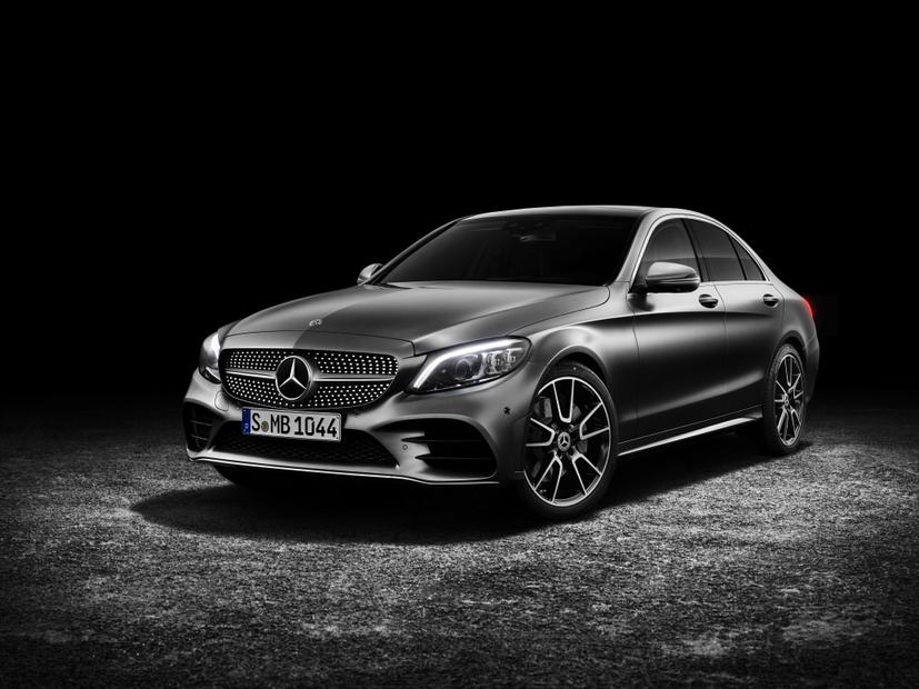 Facelifted Mercedes-Benz C-Class revealed - Facelifted