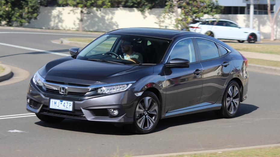 2018 Honda Civic VTi-LX sedan review | Drive com au