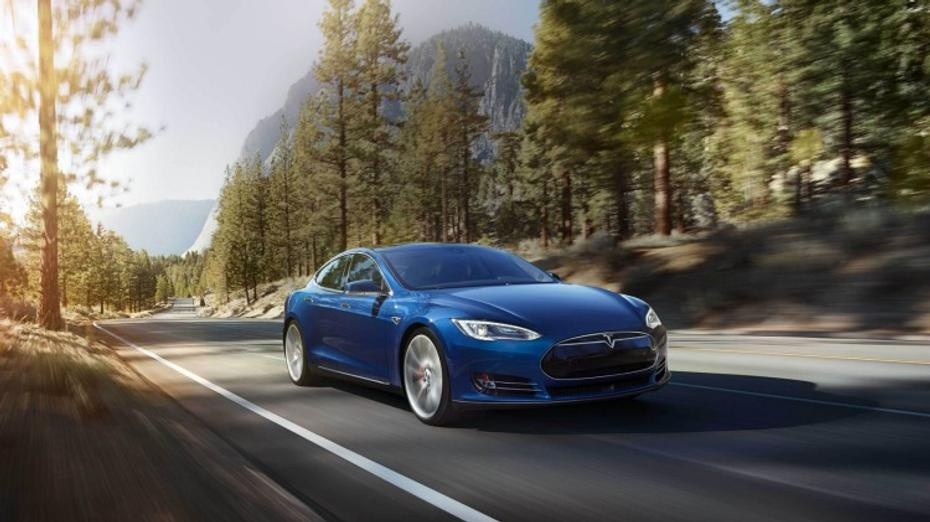 New Tesla Model S 70D brings all-wheel-drive
